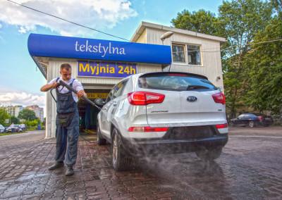 Zolta_Myjnia_hires-51